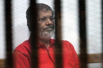 KİV: Ölümündən qabaq müayinə zamanı Mursinin səhhətində problem aşkar olunmayıb
