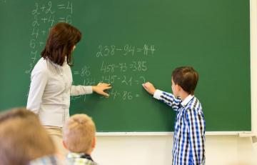Wages of teachers assessed through diagnostic assessment increased by 20 percent