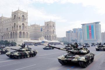 Азербайджан увеличивает затраты на оборону
