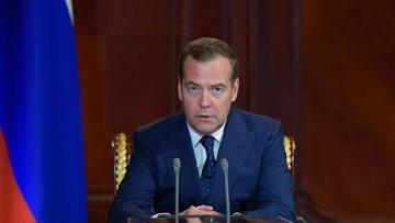 Медведев ответил на обвинения президента Грузии