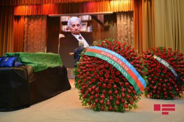 Prezident İlham Əliyev Şirməmməd Hüseynovun vəfatı ilə əlaqədar başsağlığı verib