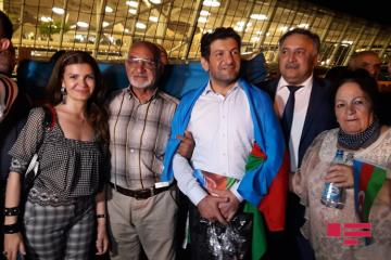 Journalist Fuad Abbasov deported to Azerbaijan arrives in Baku - [color=red]PHOTO[/color]