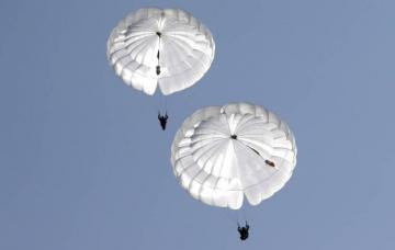 Two Russian paratroopers drown during exercises in Crimea