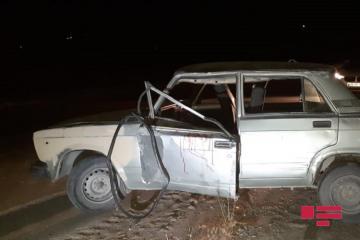 В Шамахы перевернулся ВАЗ: ранены четверо, включая детей - [color=red]ФОТО[/color]
