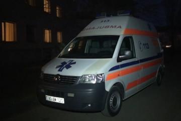 За пострадавшей в Мингячевире девочкой из Германии прилетел спецсамолет