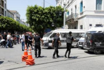 One dead, several wounded in two suicide bomb attacks in Tunisian capital