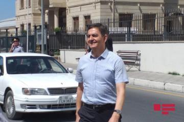 Polis İdarəsinə aparılan Əli Kərimli sərbəst buraxılıb
