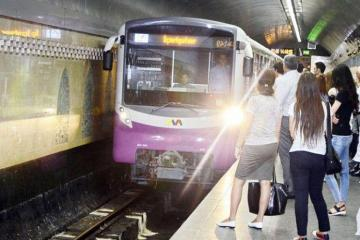 Baku metro switches to summer schedule
