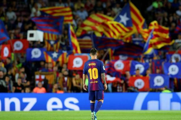 «Барселона» выйдет на матч чемпионата Испании с «Реалом» в ретро-форме