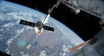 Trump congratulates NASA, SpaceX on successful Dragon 2 launch to ISS