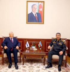 Министр обороны Азербайджана встретился с Анжеем Каспшиком