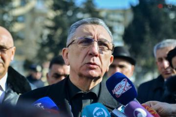Eldar Əzizov Atatürk parkında aparılan yenidənqurma işlərinin dayandırılmasının səbəbini açıqlayıb