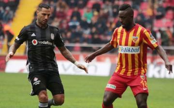Türkiyədə portuqaliyalı futbolçunun bank hesabı ələ keçirilib