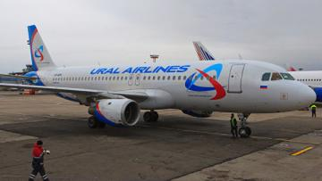 Российский самолет сел в Баку из-за информации о бомбе на борту