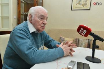 86-летнему азербайджанскому композитору дали квартиру