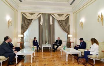 Президент Ильхам Алиев принял заместителя руководителя Программы Развития ООН