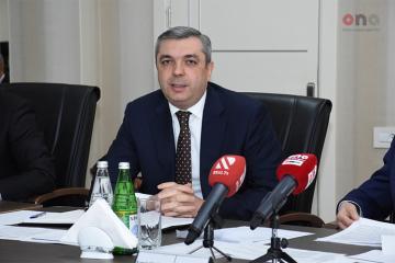 """Komitə sədri: """"Çoxmənzilli binaların istismarı ilə bağlı fərman 300 binanı əhatə edir"""""""