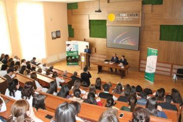 """Azərbaycan Dövlət Aqrar Universitetində """"Mobil Laboratoriya"""" təqdim olunub"""