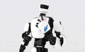 Япония представила роботов-помощников