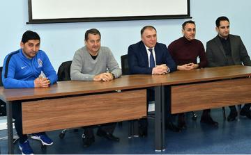 AFFA İcraiyyə Komitəsinin üzvləri milli komanda ilə görüşüb