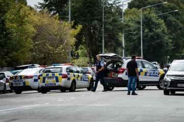 Yeni Zelandiya polisi terror aktında şübhəli bilinən 3 nəfəri buraxıb