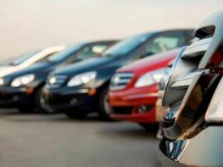 """Dövlət komitəsi """"Nissan"""", BMW və """"Hyundai"""" avtomobillərini hərraca çıxarır"""