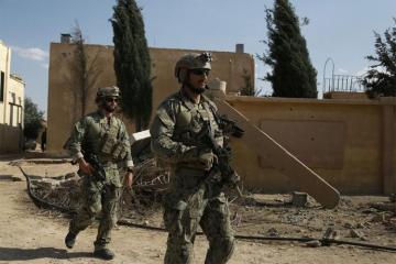 """WSJ: """"Пентагон планирует оставить в Сирии около тысячи военнослужащих"""""""