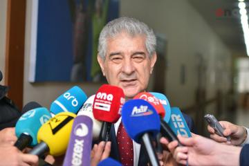"""Əli Əhmədov: """"Görünür, Əli İnsanov islah olunmayıb"""""""