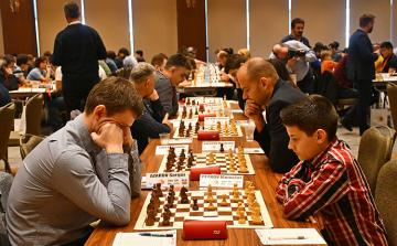 Avropa çempionatı Azərbaycan şahmatçıları üçün uğursuz başlayıb