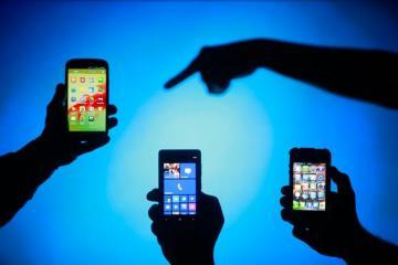"""Cümşüd Əliyev: """"Mobil telefonların sertifikatlaşdırılmasında bürokratik əngəllər var"""""""