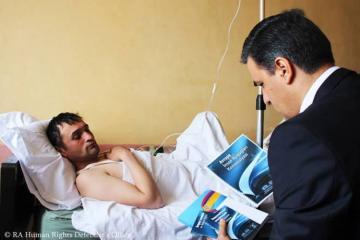 Армянский омбудсмен посетил заблудившегося и перешедшего границу гражданина Азербайджана в больнице