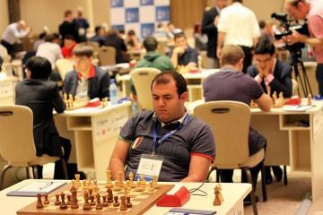 Rauf Məmmədov Avropa çempionatında mövqeyini yaxşılaşdırıb