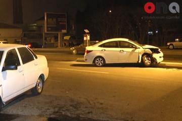 Водитель «Hyundai» нарушил ПДД и совершил аварию на Ясамале - [color=red]ВИДЕО[/color]