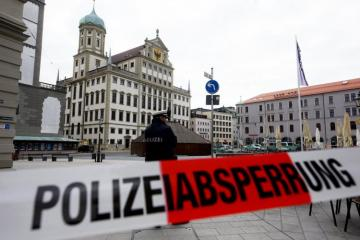 Town halls in six German cities evacuated due to bomb threat