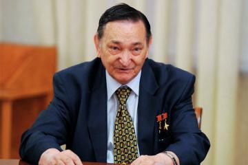 SSRİ-nin ilk kosmonavtlarından olan Valeri Bıkovski vəfat edib