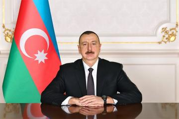 President Ilham Aliyev chairs a meeting regarding the fire at the Diqlas shopping center