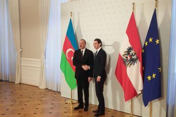 Prezident İlham Əliyev Vyanada Avstriyanın Federal Kansleri Sebastian Kurts ilə görüşüb - [color=red]YENİLƏNİB[/color]
