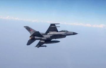 ВВС Турции нанесли массированный удар по объектам РКК в Ираке