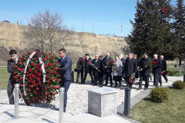 Quba Soyqırımı Memorial Kompleksi və kütləvi məzarlıq ziyarət olunur - [color=red]FOTOSESSİYA[/color]
