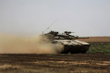 """İsrail tankları """"Həmas""""ın mövqelərinə zərbələr endirib"""