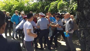 Qazaxıstanda keçirilən aksiyalarda 80 nəfər saxlanılıb