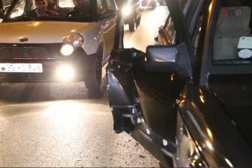 Paytaxtın Nizami rayonunda 2 avtomobilin iştirakı ilə yol-nəqliyyat hadisəsi baş verib - [color=red]FOTO[/color] - [color=red]VİDEO[/color]