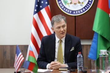 """George Kent: """"I can assure you that there are no issues between US and Azerbaijan in terms of airspace"""""""