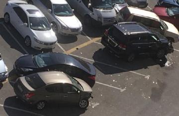 МВД: В Баку задержан мужчина, повредивший 9 автомобилей - [color=red]ВИДЕО[/color]