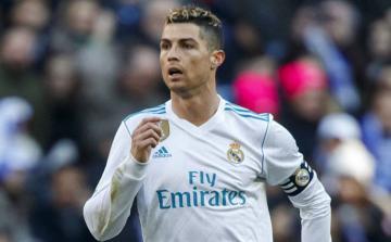 """Ronaldo: """"Onlar məni küçədə saxlayır, """"Real""""a qayıtmağımı istəyirlər"""""""
