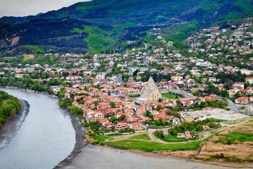 В марте Грузию посетили более 117 тысяч туристов из Азербайджана