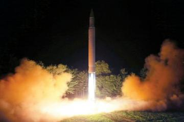 Cənubi Koreya Şimali Koreyanı hərbi gərginlik yaratmamağa çağırıb