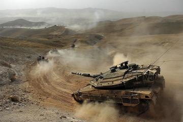 Израиль в ответ на ракеты поразил 120 военных целей в секторе Газа