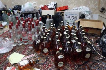 İranda toy mərasimində saxta alkoqollu içkidən 45 nəfər zəhərlənib, 1 nəfər ölüb