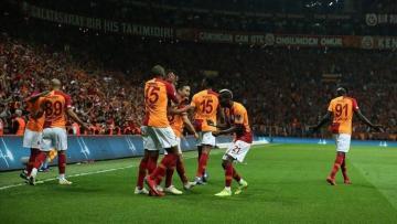 Galatasaray beat Besiktas to top Turkish league